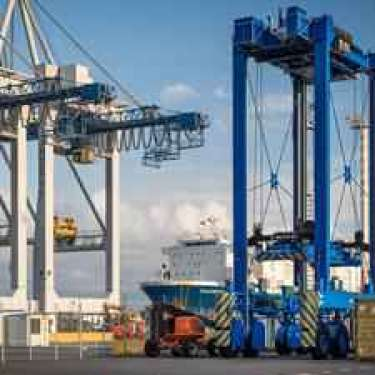 Auckland port suffering 'severe' congestion in Xmas lead-up