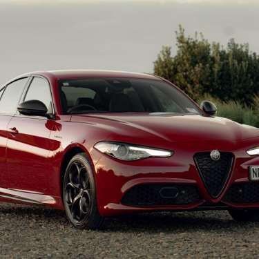 Review: Alfa Romeo Giulia Veloce Carbon –  an Italian stallion of a sedan