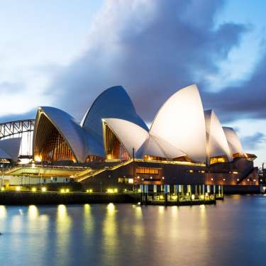 2degrees offers free roaming for trans-Tasman business travellers