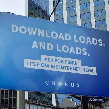 Phone and internet outages in Auckland as Chorus cable cut