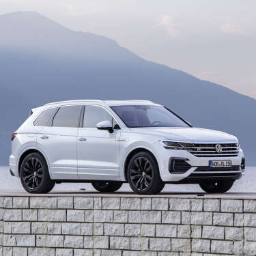 Review: Volkswagen Touareg TDI - a lovely, monstrous speed demon