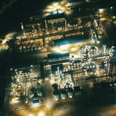NZ Refining shares lift 10% as investors eye import only model