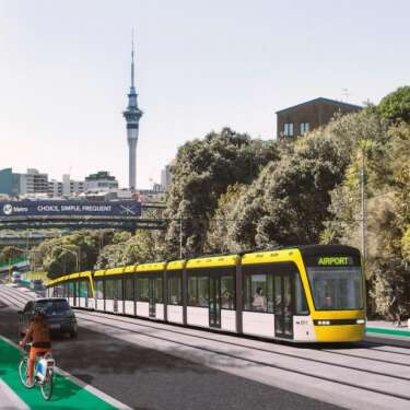 Watchdog raises red flag on $6b light rail 'process'