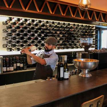 Connoisseurs' Corner – where to wine and dine in June
