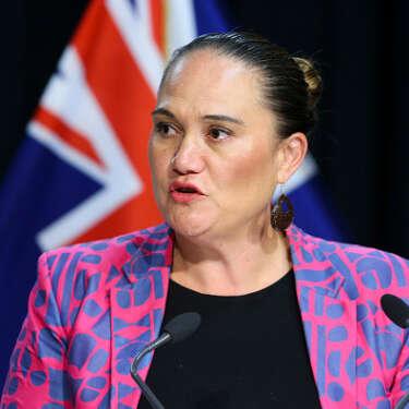 Govt kicks another $300m into wage scheme