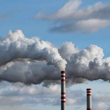 Carbon 'cap' price needs to be $140 a tonne by 2030 - Climate Commission