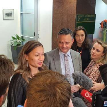 Greens to decide on govt participation on Sunday