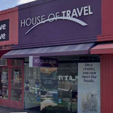 House of Travel: from record year to closing stores