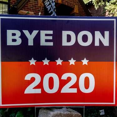 Forecasts still point to a Biden presidency