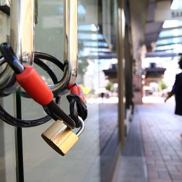 Did we just stop summer? NZ back in lockdown