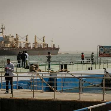 Suez's big boat blockage could affect NZ connections