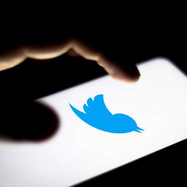 Twitter officially enters New Zealand; seeks developers