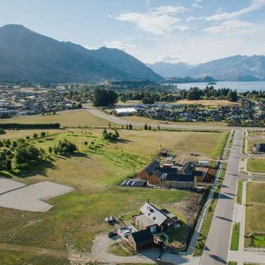 Queenstown developers still spruiking paradise