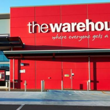 The Warehouse to axe up to 750 jobs